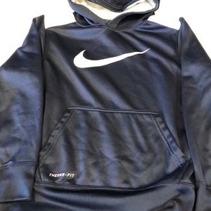 Nike hoodie middle